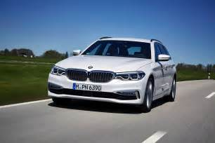 Bmw Europe The 2017 Bmw 520d Touring Goes For A Photoshoot In Europe