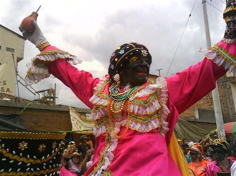 mama negra festival ecuador ecuatorianos y extranjeros disfrutan de la mama negra en