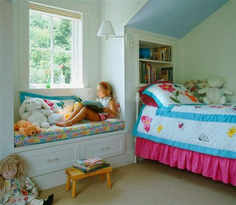 ideas for bedrooms with slanted ceilings slanted ceiling bedroom ideas google search kids room