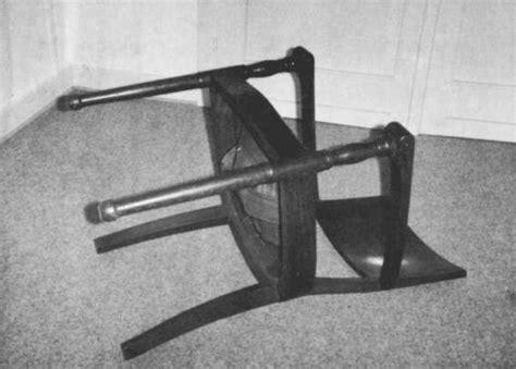 reiner ruthenbeck konzeptfotos - Stuhl Umgekippt