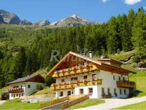 Appartamenti Co Tures by Niederunterer Casa Rural En Co Tures Bolzano