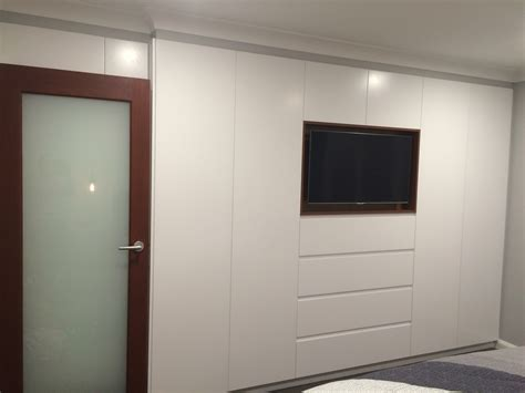 Bed Wardrobe Unit by White Built In Wardrobe With Walnut Gallery And Bedroom Tv Unit Pictures Hamipara