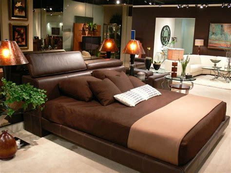 Decorating Ideas For Bedrooms With Brown Furniture Bedroom Decorating Ideas With Brown Walls Room