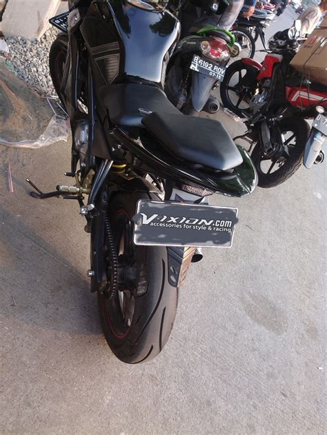 Fairing Custom R25 For Vixion Black White Energy 108 harga modif buntut vixion modifikasi motor vixion terbaru