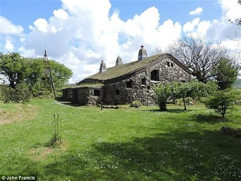 house fans for sale house for the lord of the rings fans is for sale