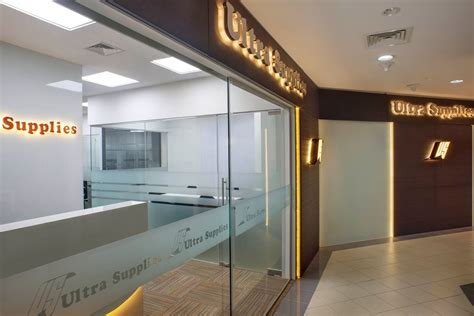 office interior design in singapore for glajz jewellery