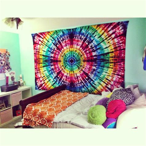 tie dye bedroom best 25 tie dye tapestry ideas on pinterest diy tie dye