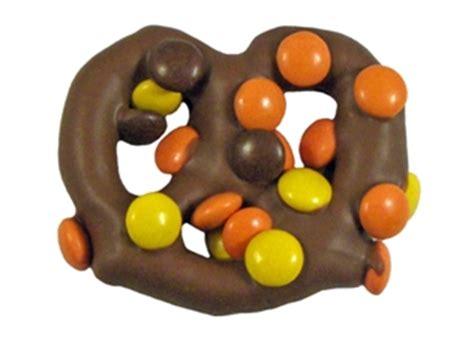 Buter Polca peanut butter polka dots pretzel 2 oz