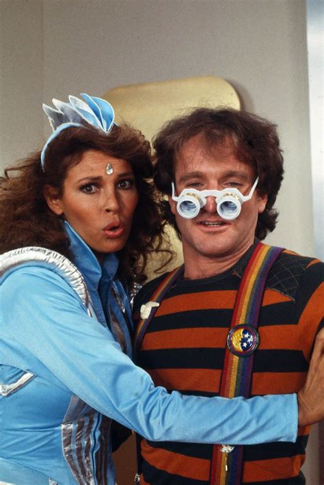raquel welch tv shows mork and mindy tv show photo 50 robin williams and