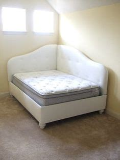 day beds at big lots 1000 ideas about daybeds on pinterest daybed with