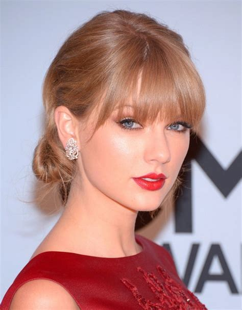 taylor swift updo styles taylor swift hairstyles chignon updo style popular haircuts
