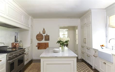 alabama white marble stately subdued a classic white kitchen