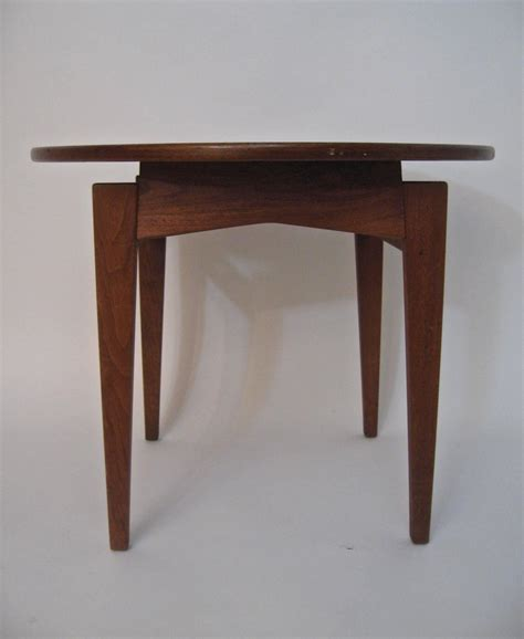 Floating Side Table Jens Risom Design Walnut Floating Top Side Table At 1stdibs