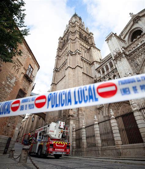 cornisa catedral toledo se desprende parte de la catedral de toledo
