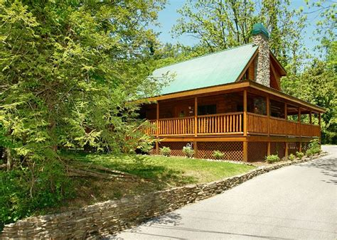 Pigeon Forge Cabins by Pigeon Forge Cabin Rental Trout House 350 3 Bedroom