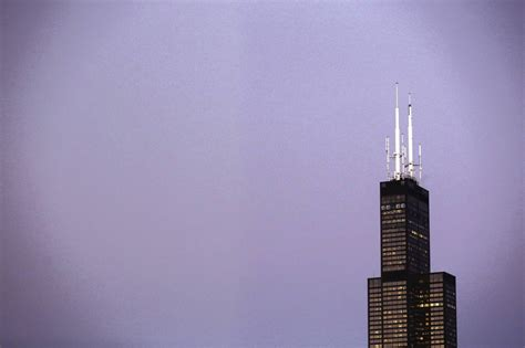 How Many Floors Is The Willis Tower by Source Willis Tower For Sale Has Likely Buyer Chicago