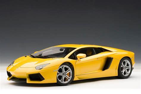 yellow lamborghini aventador autoart lamborghini aventador lp700 4 giallo
