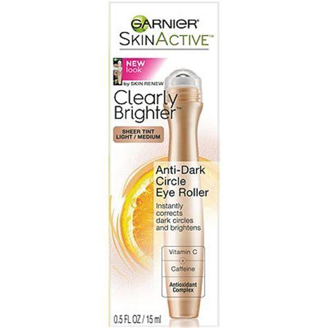 under eye roller with caffeine skinactive clearly brighter anti dark circle eye roller
