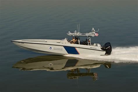 midnight express boat test smugglers beware this boat is quick wired