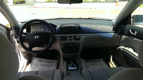 2006 Hyundai Sonata Interior by 2006 Hyundai Sonata Pictures Cargurus