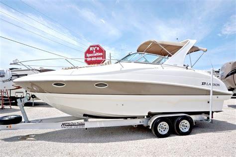 larson boats cruisers larson 274 cabrio cruiser 2006 for sale for 43 980