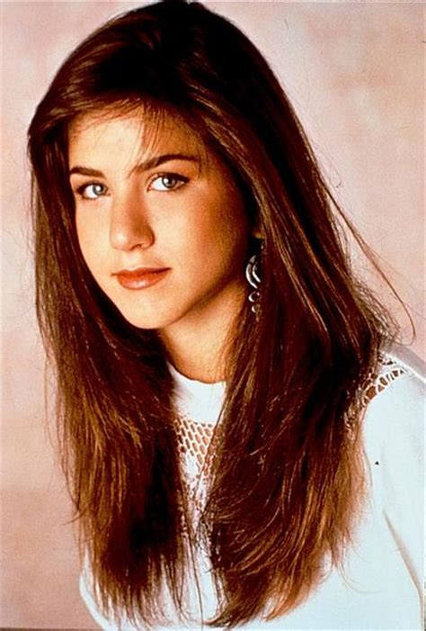 jennifer aniston natural hair color would i look better as a blonde or a brunette midorilei