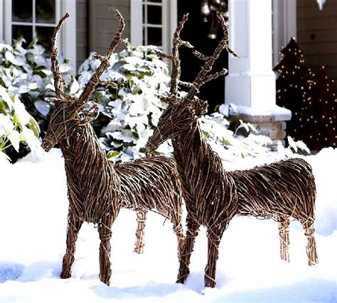 Decoration Ideas For Outside by 26 Charming Reindeer Decoration Ideas Godfather Style