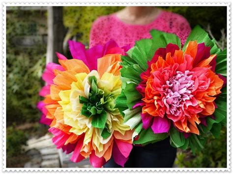 Make Mexican Crepe Paper Flowers - how to make beautiful paper flowers step by step