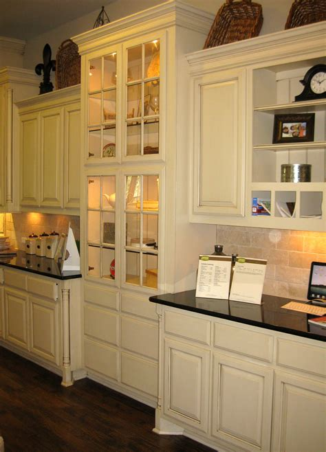 kitchen cabinet blog 100 kitchen cabinets base 25 tips for painting
