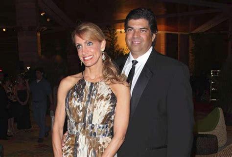 Lili Estefan Biograf A Videos Fotos Y Noticias Univision | lili estefan se divorcia diario la prensa