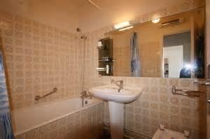 transform 233 une salle de bain d 233 mod 233 e par une buanderie
