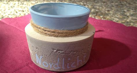 kreatives aus beton selber machen beton deko selber machen teil 1 teelichter test rayher