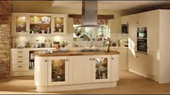 Howdens Kitchen Cabinets Burford Traditional Shaker Style Kitchen