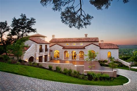 gorgeous homes lavish villa ascosa in austin texas usa 18