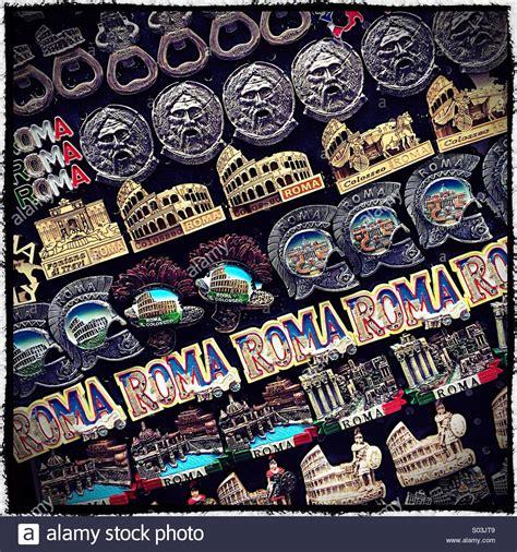 Souvenir Italia Tempelan Magnet Hiasan Rome rome fridge magnet souvenirs rome italy stock photo royalty free image 309867273 alamy