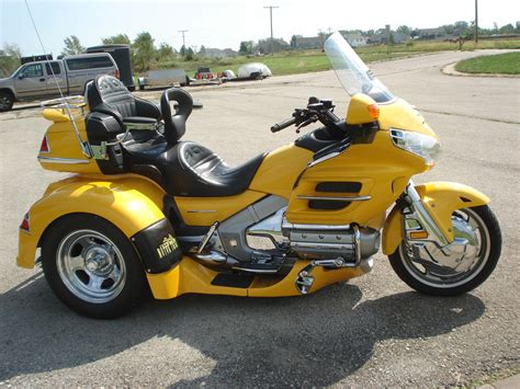2005 gl1800 goldwing motor trike spyder