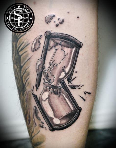 broken hourglass tattoo broken hourglass black and gray sola fide