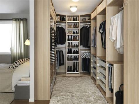 vestidor detras de la cama medidas fant 225 sticas ideas de closets detr 225 s de la cama placares