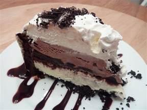eisbecher kuchen kimmy s kitchen layered brownie cake