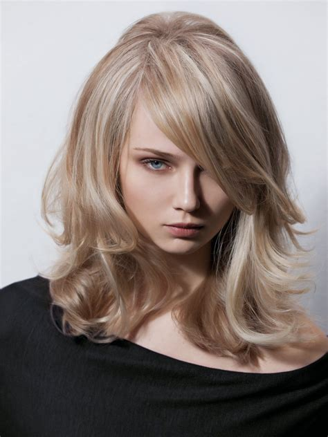 long hairstyle with layers and a deep plunging fringe