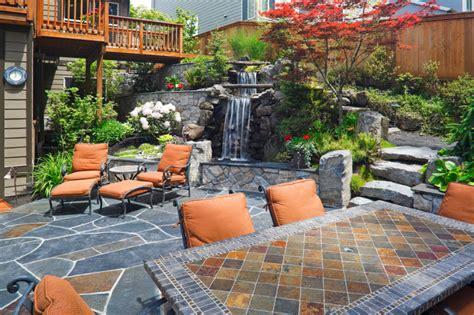 Treppe von der Terrasse in den Garten » Die Optionen