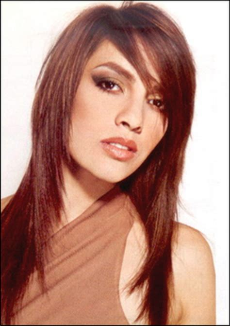 layered razor hairstyle for thick hair long layered razor haircuts