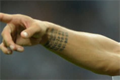 ibrahimovic tattoo finti zlatan ibrahimovic zimbio