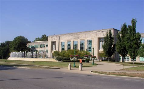 Tuition Indiana Mba Bloomington by Indiana Bloomington Wiki Review Everipedia