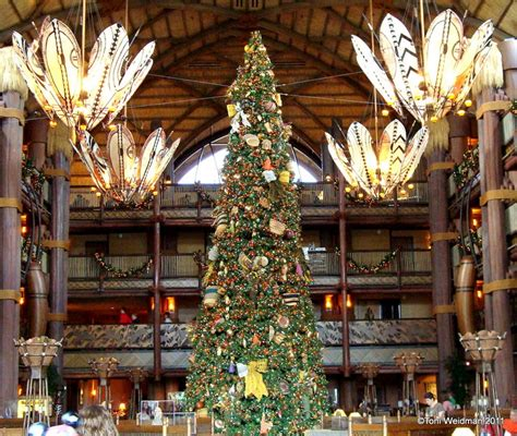 animal kingdom lodge disney world orlando the christmas