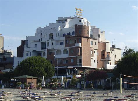 baia sporting giardini naxos hotel sporting baia w蛯ochy sycylia giardini naxos