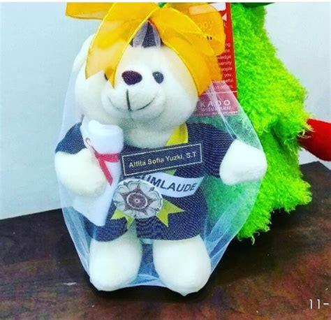 Boneka Wisuda Di Yogyakarta teddy boneka wisuda ugm kado wisudaku