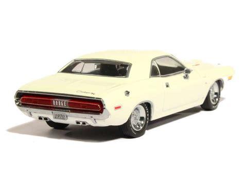 Greenlight 1970 Dodge Challenger R T White dodge challenger r t 1970 greenlight 1 43 autos miniatures tacot