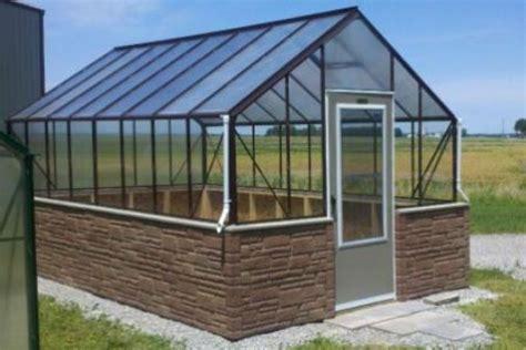 diy greenhouse plans and greenhouse kits lexan polycarbonate cedar wood framed greenhouse greenhouse roofs leonardu0027s modern greenhouse potting