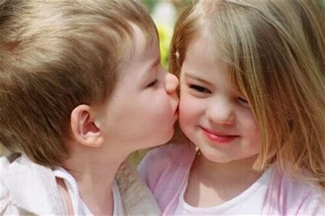 wallpaper cute couple baby beautiful and cute baby wallpapers cute baby kiss hot